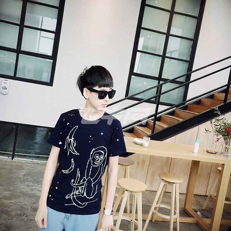 VAGEBASE韩版男装a男装夏季时尚照片上衣风学院漫画怎么把变成自己的